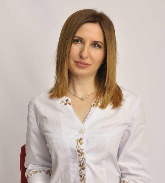 Олена Анісіна: Для кожної жінки дуже важливо підібрати правильний косметологічний догляд