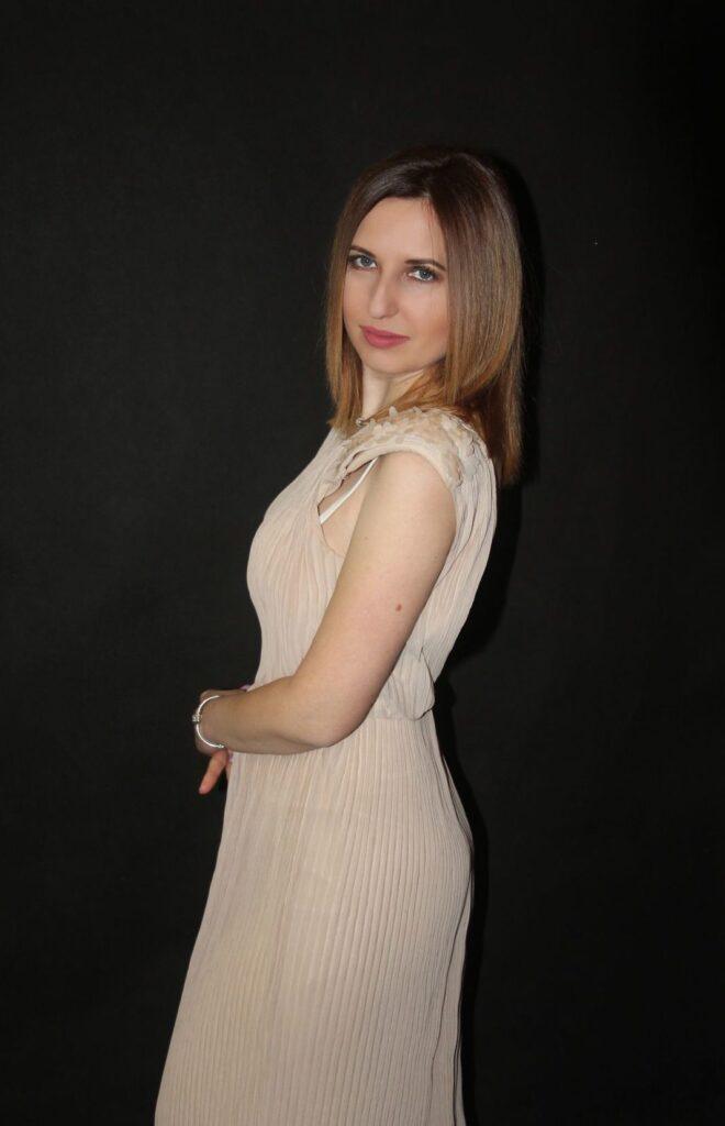 Олена Анісіна: Для кожної жінки важливо підібрати правильний косметологічний догляд