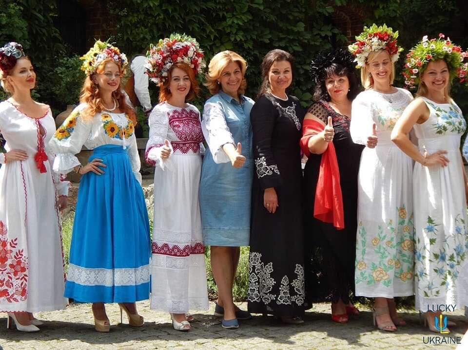 «Аристократична Україна 2019»: півтори сотні моделей та дизайнери з усієї України