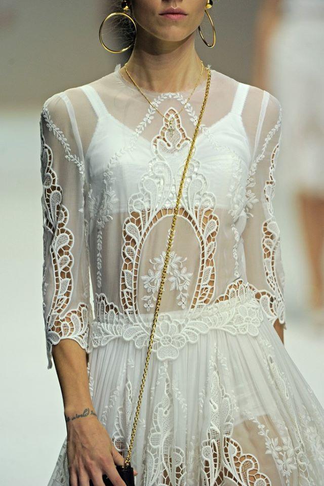 Ексклюзивний вишитий одяг від Галини Шуневич - підійде усім, хто хоче вигладати оригінально