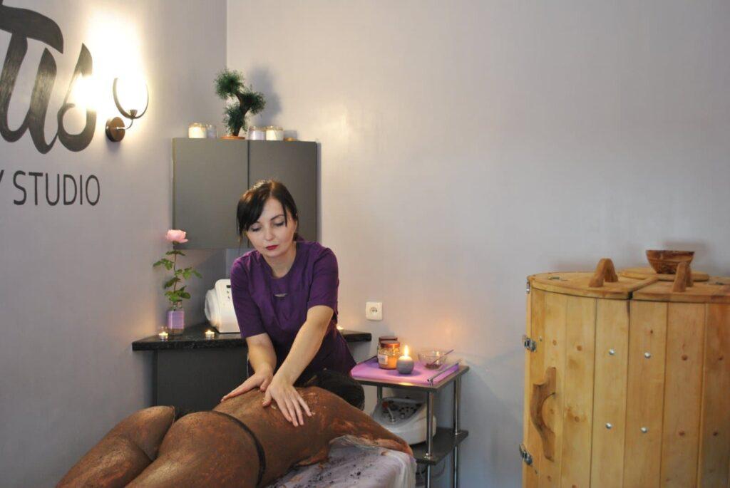 Lotus massage & beauty studio - заклад у якому поєднано все, що робить жінку здоровішою, красивішою та впевненою у собі