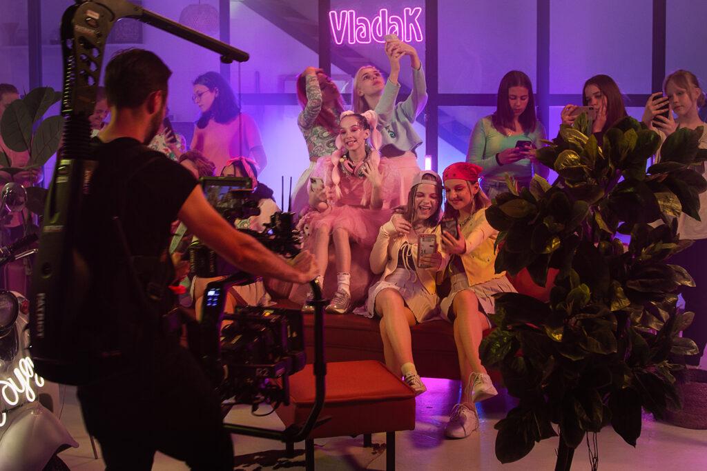 Співачка Vlada K зняла танцювальний кліп з найпопулярнішими тік - токерами